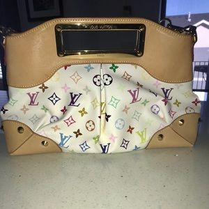 Louis Vuitton shoulder Judy , gently used.